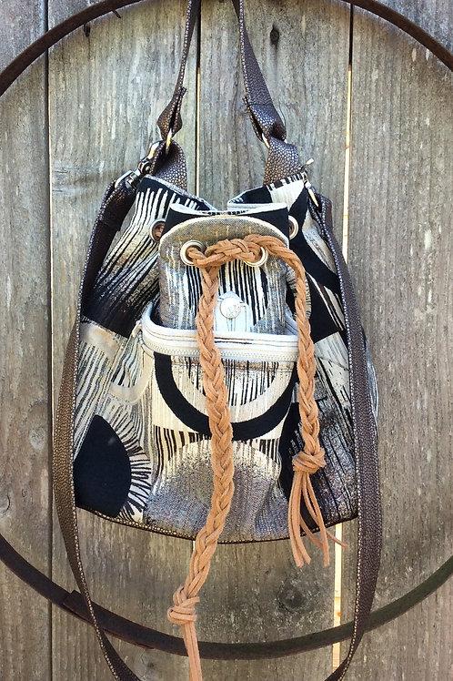 Liza Bucket Bag