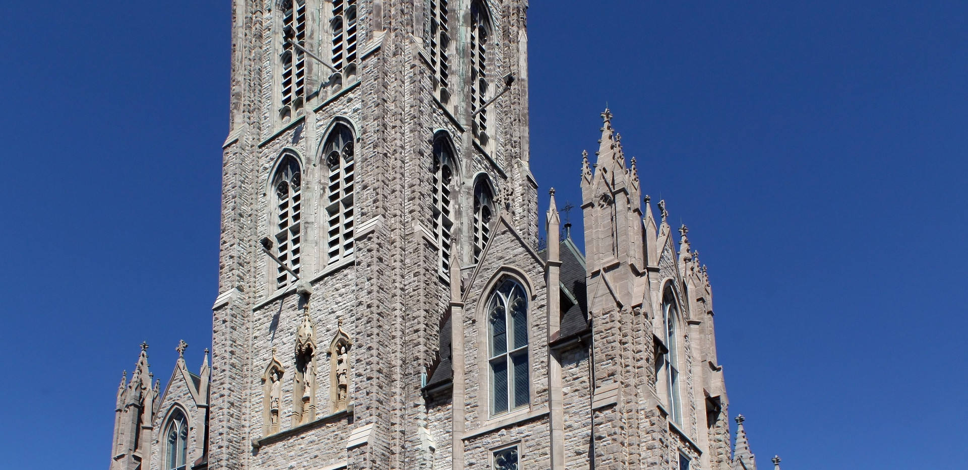 St._Mary's_Cathedral,_Kingston_Ontario.j