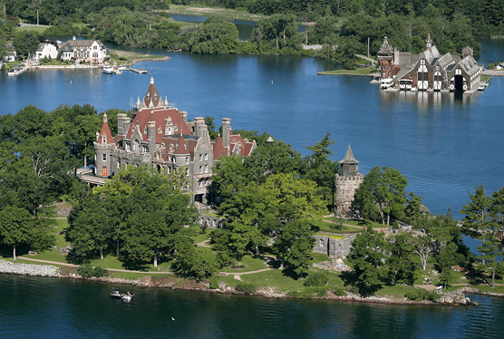 Boldt-Castle-Stopover-Cruise-1.png