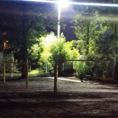 Die Netze am neuen Beachplatz stehen schon