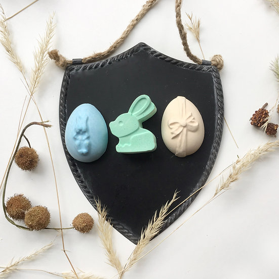 Easter Themed Chalk Set (with Small Shield Chalkboard)
