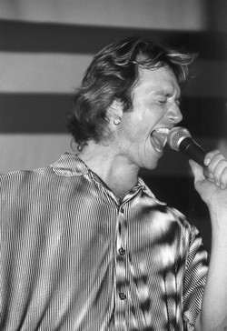 Jay Singing