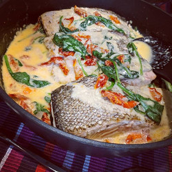Salmon Fillet with Cream Sauce