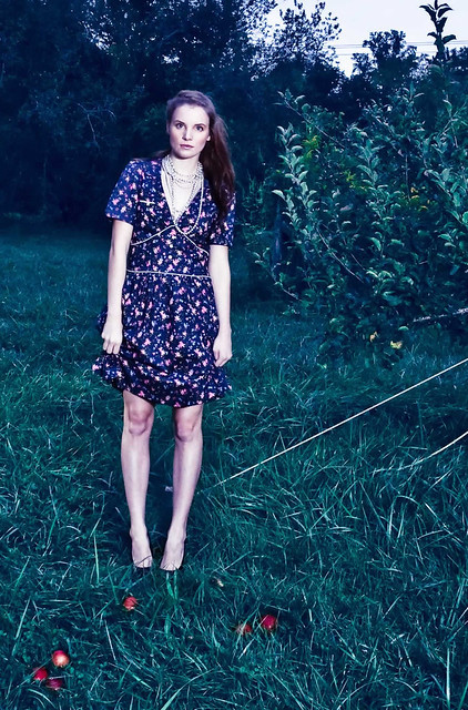 DOCICA September fashion shoot woods girlsmeredith alone in the grass IMG_9184