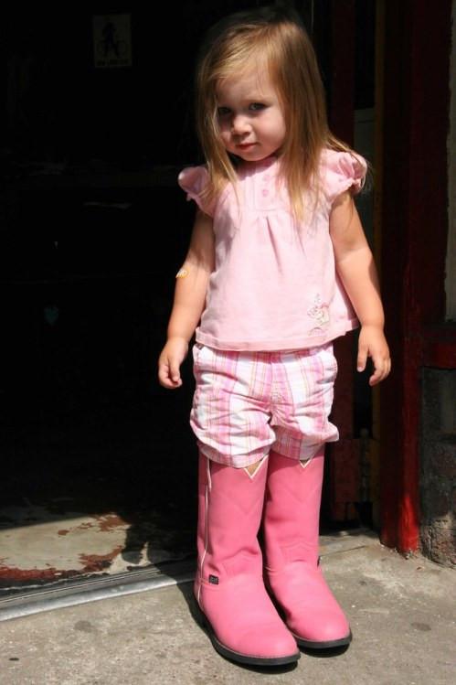 Ella in Boots