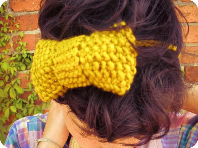 handknitted bowtie/headband