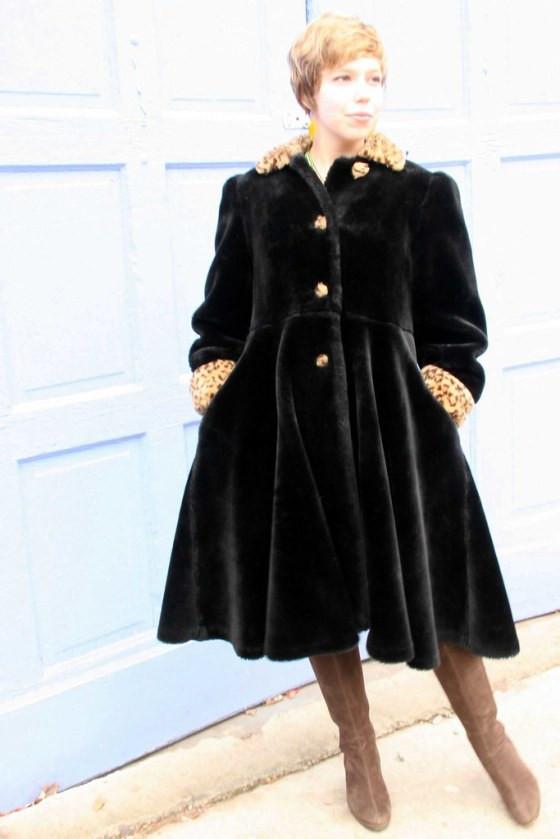 Black Leopard Coat1