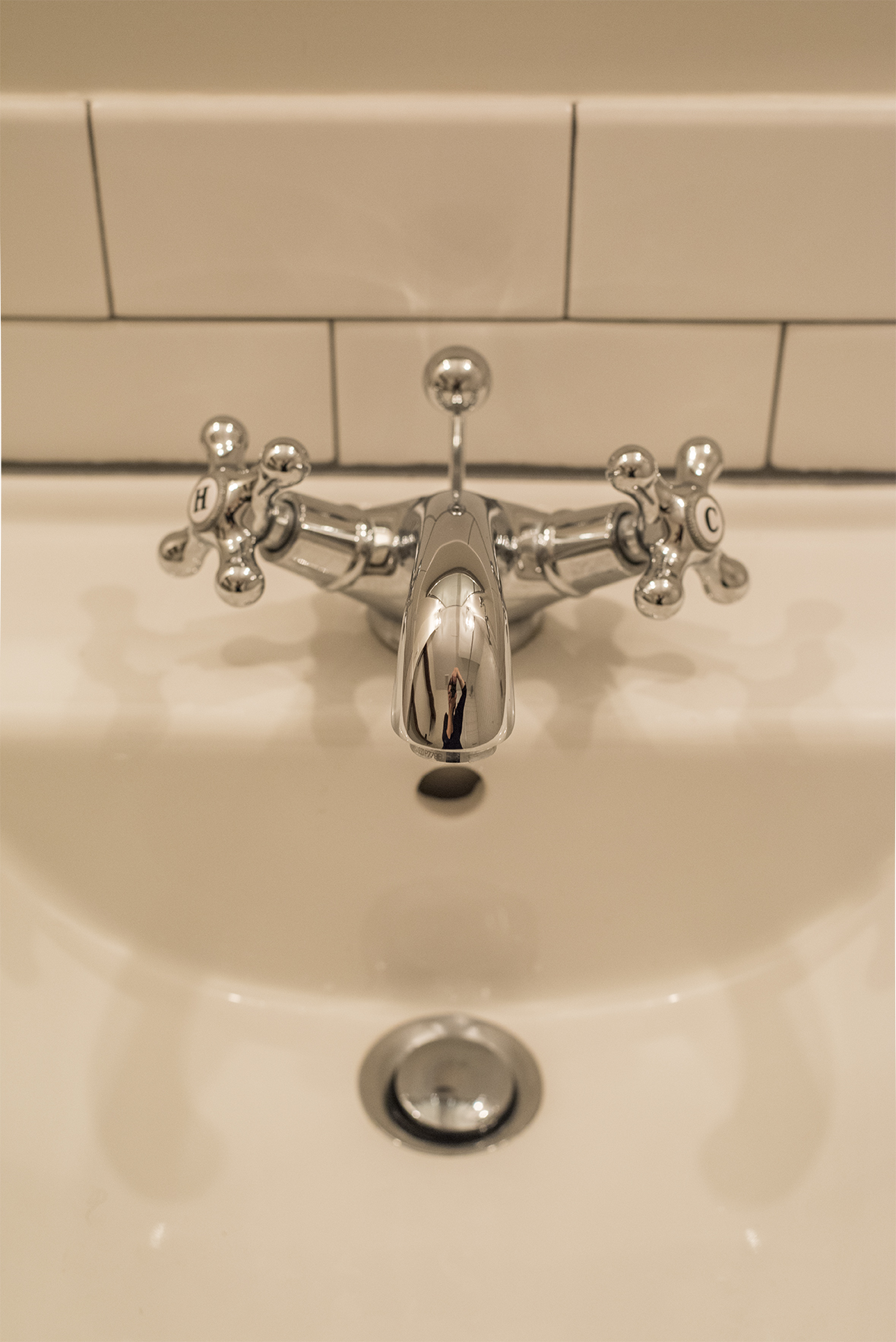 cross handle faucet