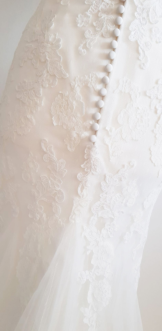 071-White-one-01.jpg
