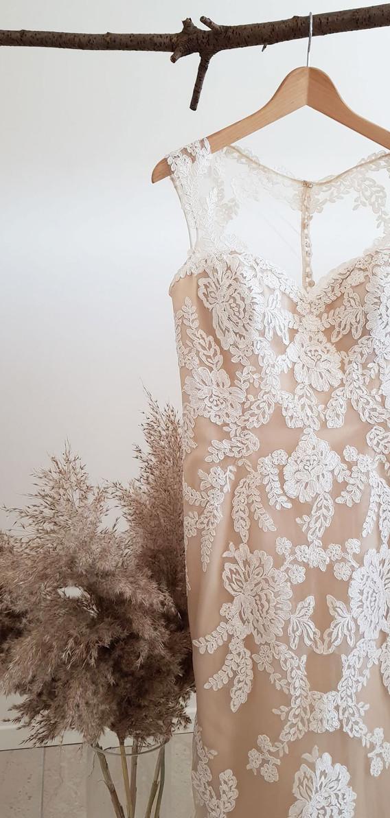 112-Beautiful-Bridal-10.jpg