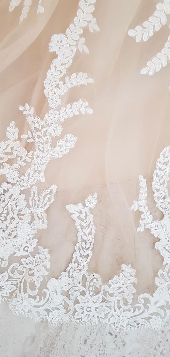 112-Beautiful-Bridal-01.jpg