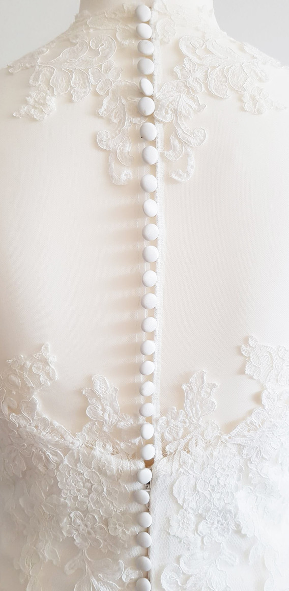 071-White-one-02.jpg
