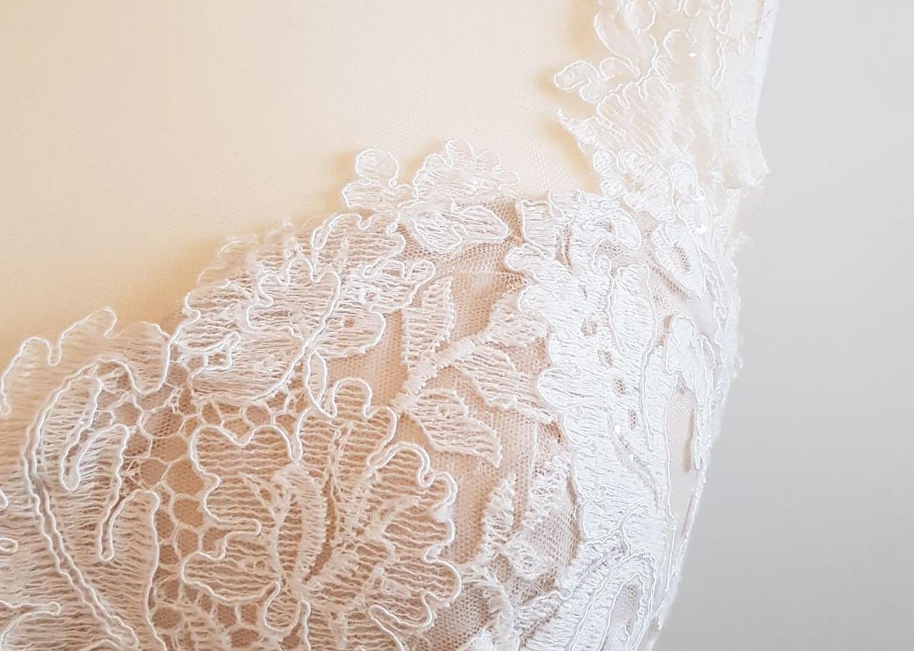 084-Beautiful-Bridal-06.jpg