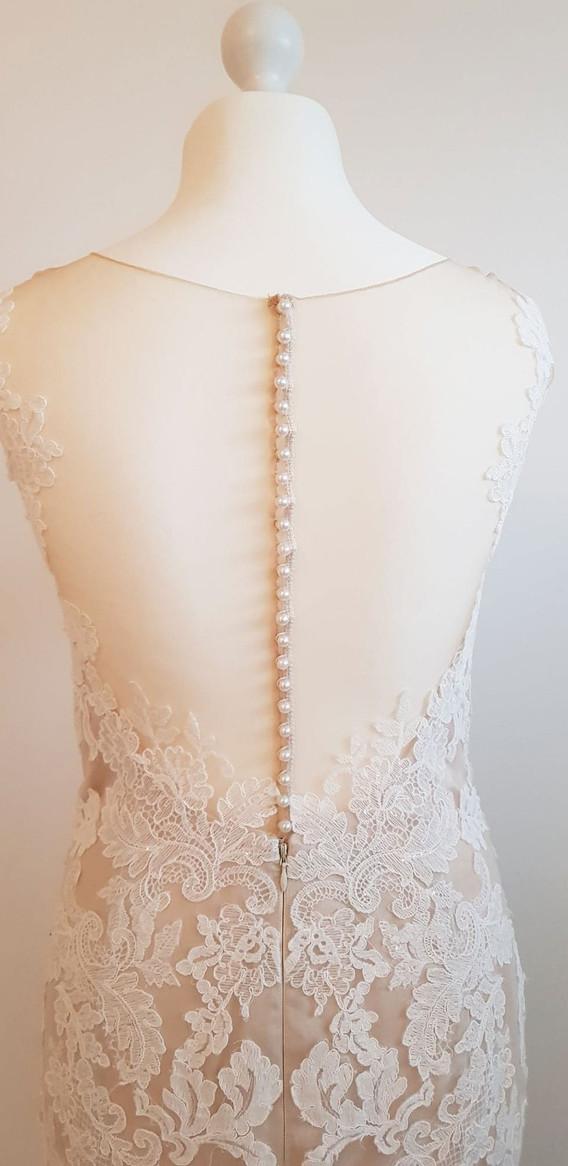 084-Beautiful-Bridal-07.jpg
