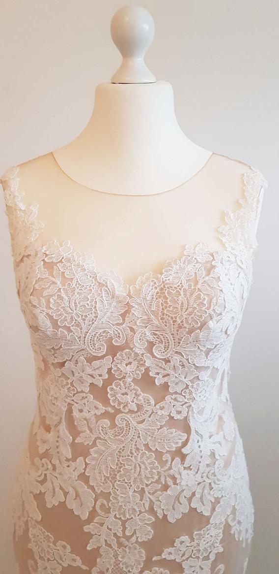 084-Beautiful-Bridal-10.jpg