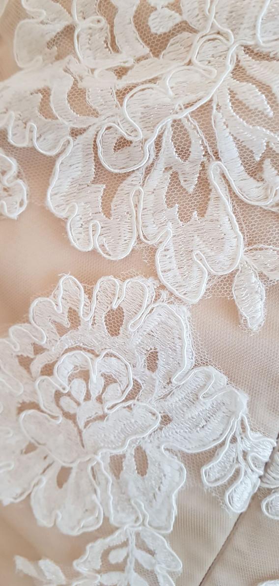 112-Beautiful-Bridal-07.jpg