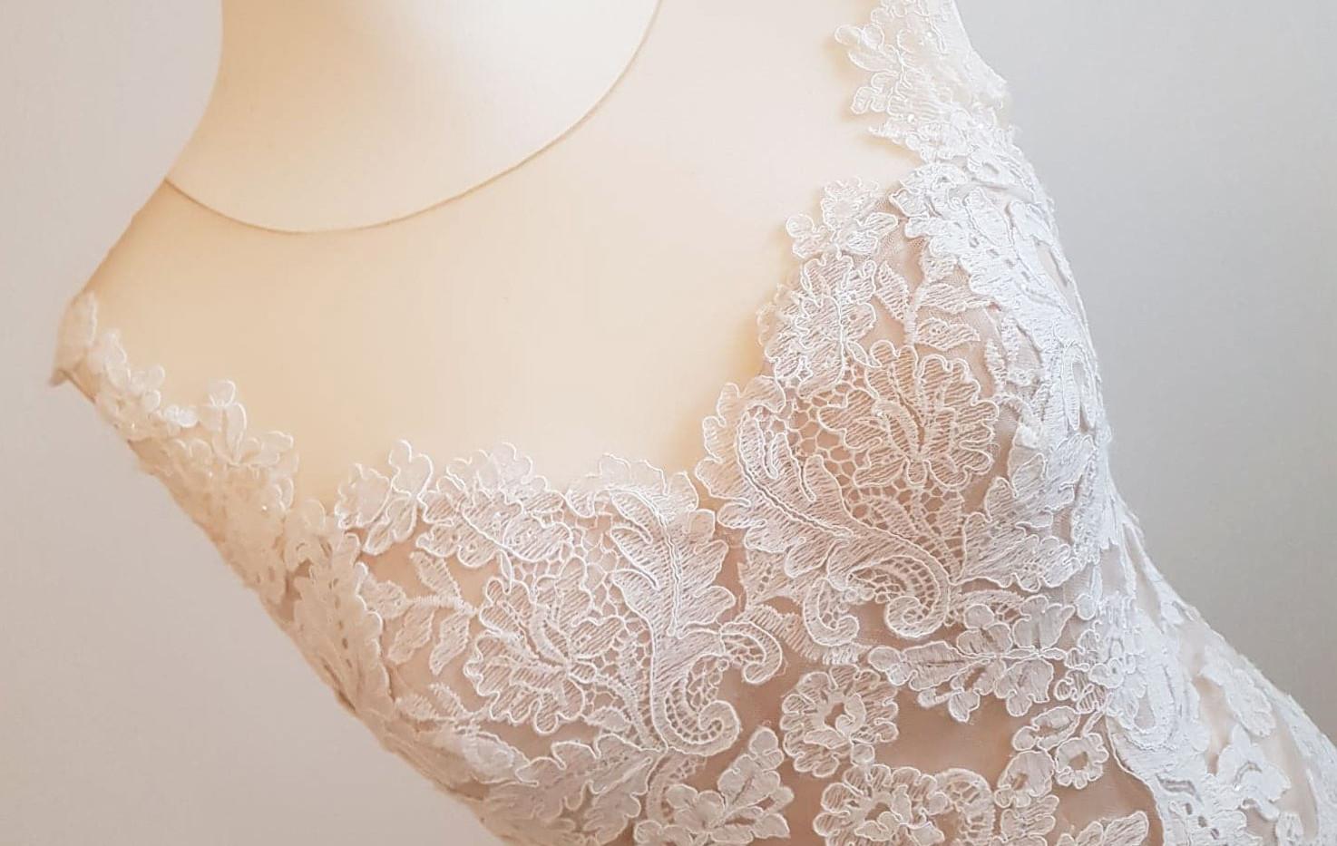 084-Beautiful-Bridal-03.jpg