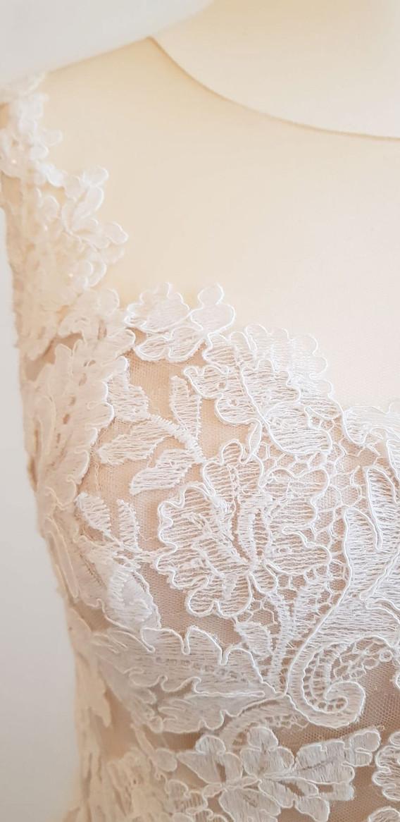084-Beautiful-Bridal-02.jpg