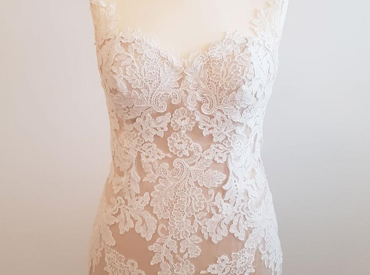 084-Beautiful-Bridal-09.jpg