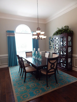 Metropolitan Style Dining Room