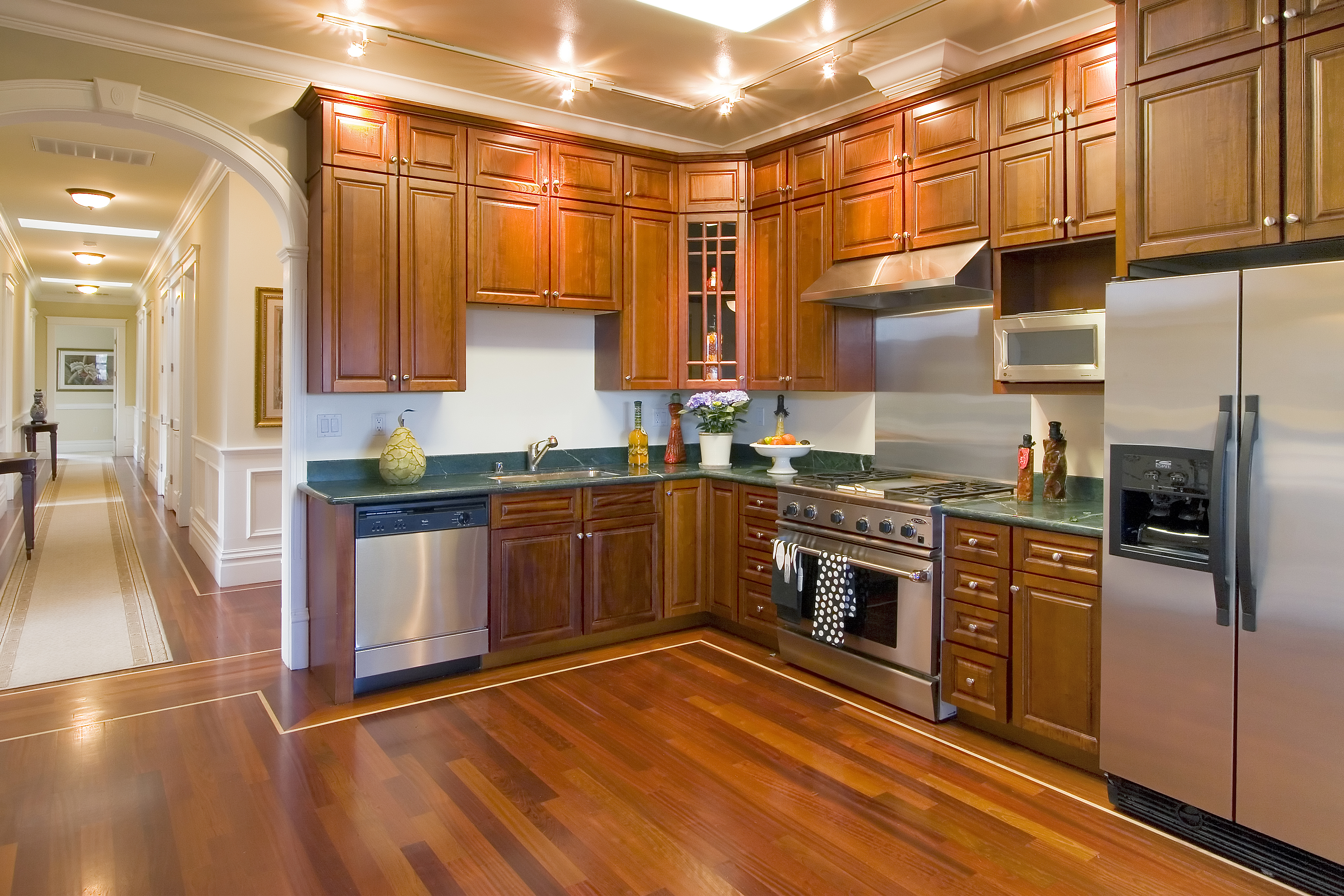 Luxury Kitchen in Apple Cider