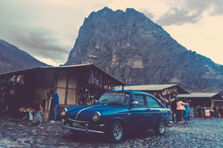 Life-of-Pix-free-stock-photos-mountain-car-collection-cabins-BlakeVerdoorn