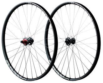 lyne-wheels-studio-combo2.jpg