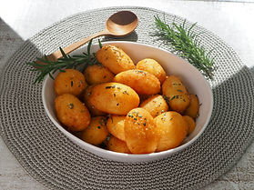 Roast potatoes in bowl4.jpeg