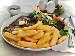 Steak chips with salad & steak.jpeg