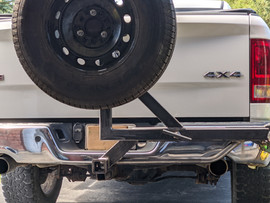 Hitch Mounted Tire Carrier