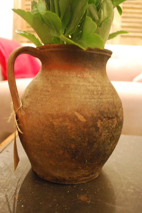 Hungarian handled pot