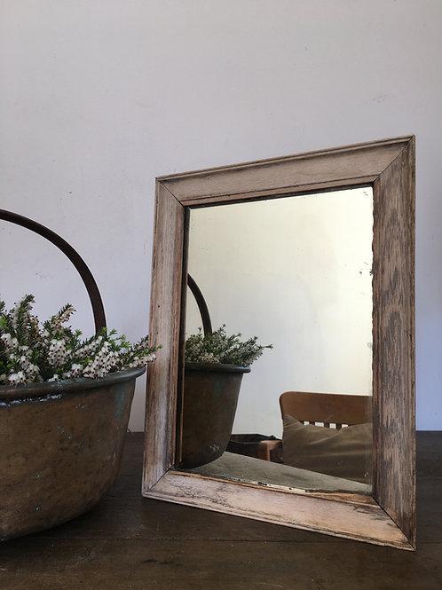 Little rustic shaving mirror