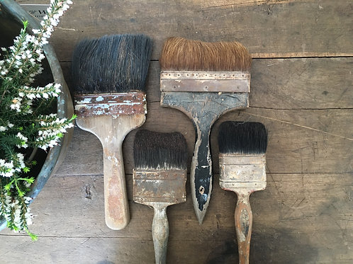 Set of vintage paint brushes