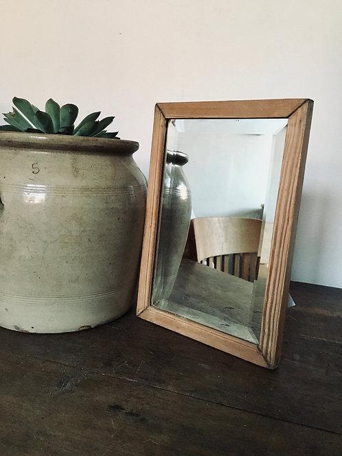 Bevelled edge simple mirror