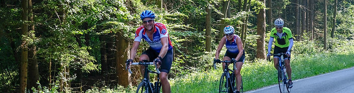 road-cycling-3469429_1920.jpg