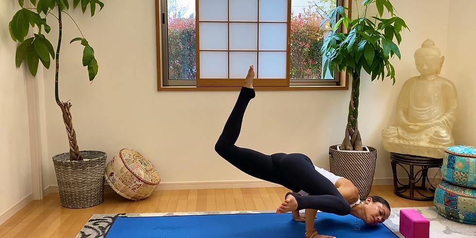 LIVE Flowtastic Vinyasa (Yogis in the U.S.): Hot 30 Flow, Monday 4/20, 4:30-5pm (PT)