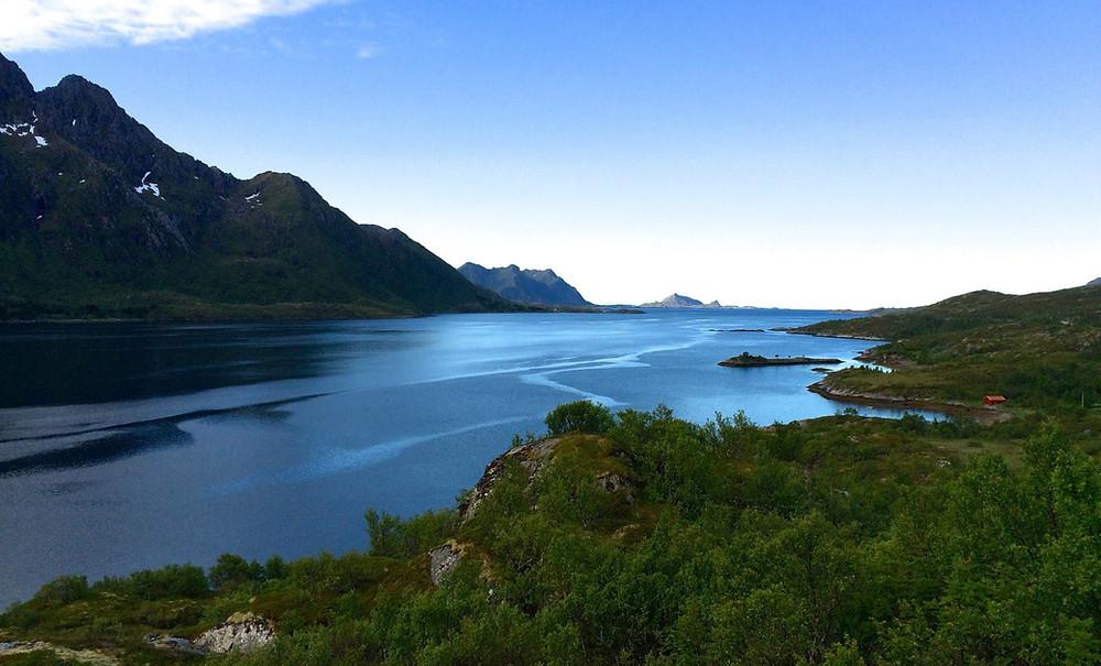 La mer en norvège dans les terres, un fjord magnifique