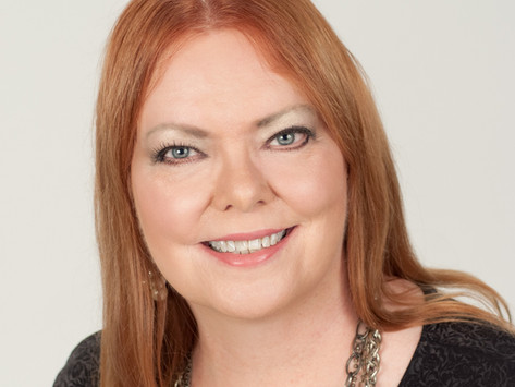 Eat More Art Vegas welcomes new Managing Editor, Debbie Hall