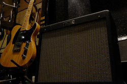 G.amp FENDER BluesJunior