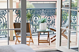 5-Balcony.jpg
