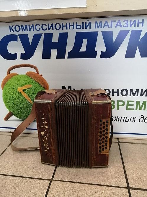 Старинная гармонь СССР
