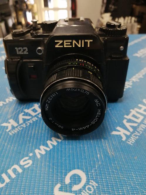 Фотоаппарат Зенит-122 с Гелиос-44М-4,