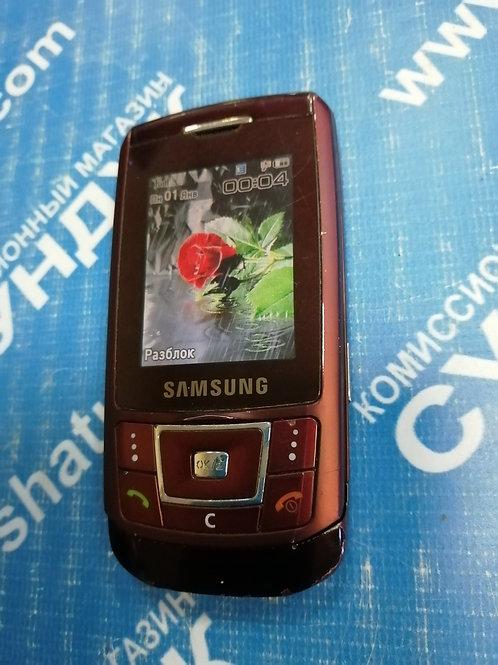 Мобильный телефон Samsung SGH-D900i