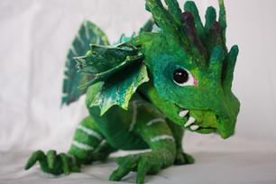 PAPPMACHÈ - green dragon