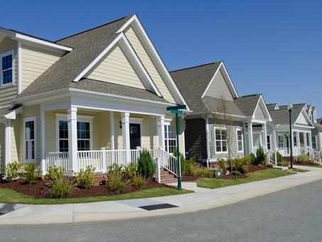 Custom Homes vs. Tract Built Spec Homes in Subdivisions