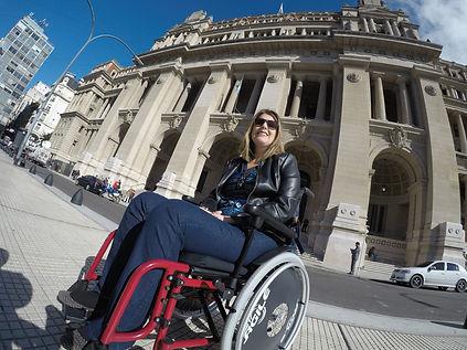Cadeirante em Buenos Aires no Palacio da Justiça