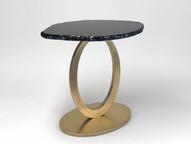 OVAL DIAMANTE TABLE