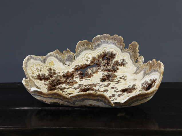 Coral Lace Lipped Onyx Bowl