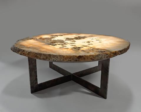 BACKLIT TABLE