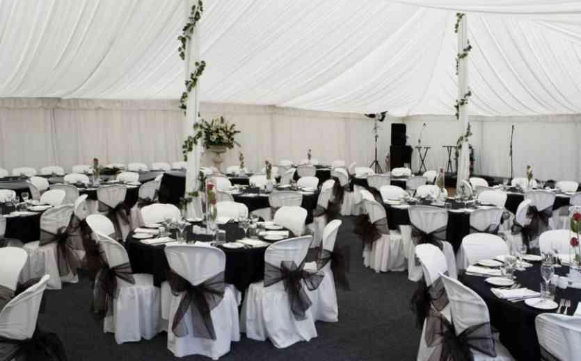 black-white-wedding-decoration-ideas
